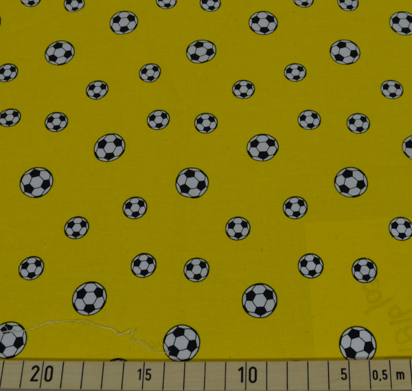 loving soccer - B1786