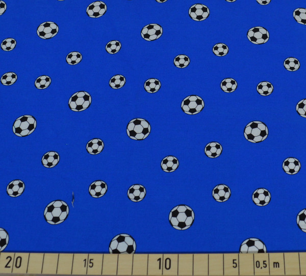 loving soccer - B1785